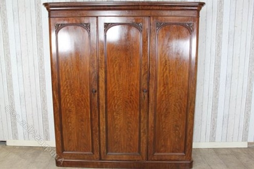 2018 Mahogany Breakfront Wardrobes Regarding Large Victorian Mahogany Breakfront Wardrobe – Antiques Atlas (View 3 of 15)
