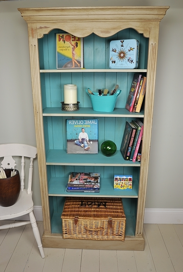 2018 Shabby Chic Bookcases With Lovely Beige Shabby Chic Bookshelves Design With Blue Color Accent (View 2 of 15)
