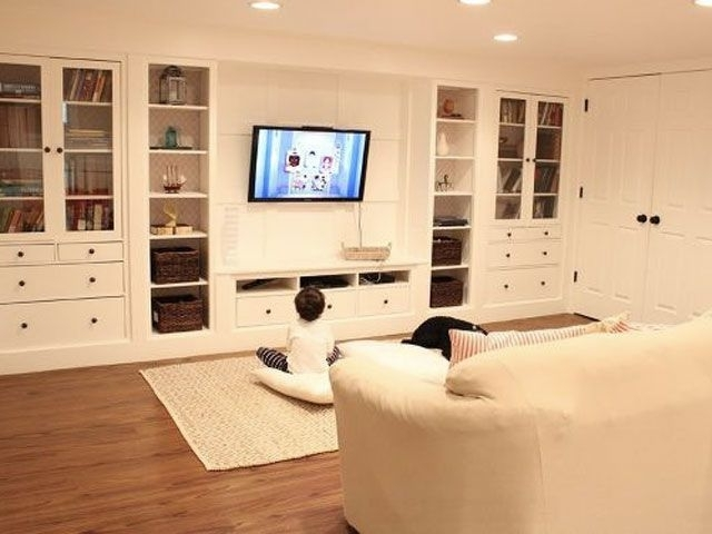 Accent Walls In Inside Sitting Room Storage Units (View 1 of 15)