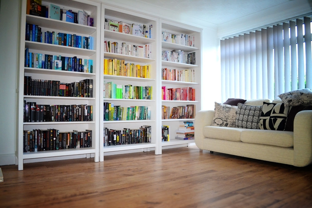 best and newest rainbow rooms tips for colour coding your bookshelves inside colored bookcases - Colored Bookshelves