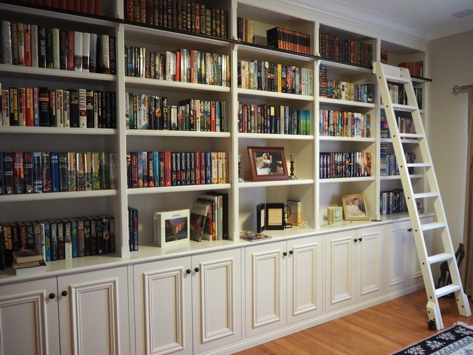 Bookcases And Built In (View 2 of 15)