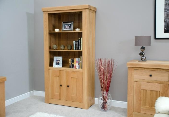 Bookcases With Cupboard Under Throughout Well Known Bookcase ~ Bookcase With Cupboard Under Tall Oak Bookcase With (View 10 of 15)