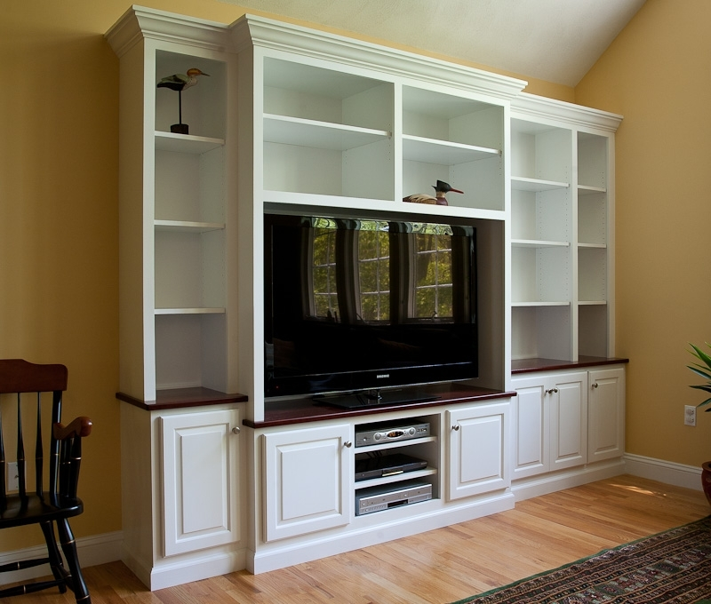 Built In Bookshelves With Tv Pertaining To 2018 Custom Built In Tv Cabinets And Bookshelves (View 2 of 15)