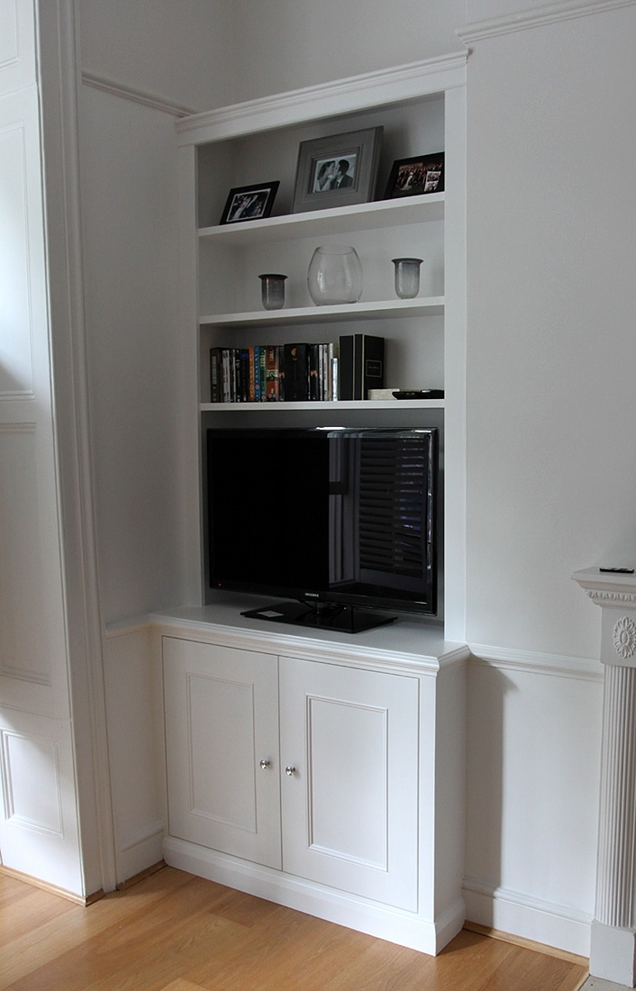 Classic Style Fitted Alcove Bookcase With Cupboard (View 2 of 15)