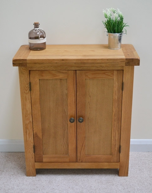 Current Oak Linen Cupboard Within Beaufort Oak Two Door Linen Cupboard / Small Sideboard / Cabinet (View 1 of 15)