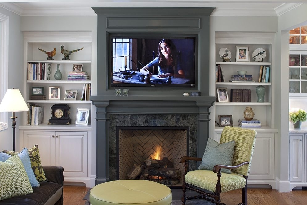 Decorating Ideas For Bookcasesfireplace Family Room Pertaining To Well Liked Family Room Bookcases (View 10 of 15)