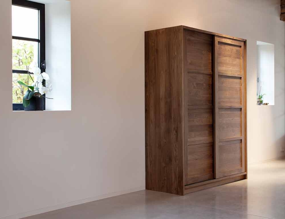 Famous Dark Wood Wardrobes Pertaining To Wooden Bedroom Furniture, Solid Wood Bedroom Furniture (View 7 of 15)