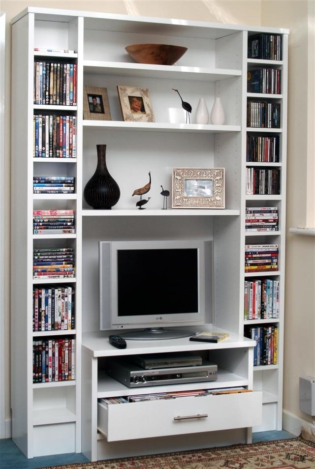 Famous Tv Book Case Pertaining To Tv And Media Bookcase (View 6 of 15)