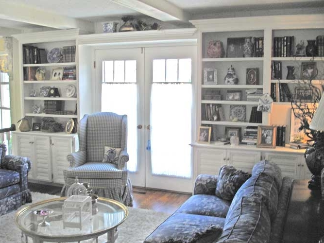 French Country Style Family Room Bookcases (View 2 of 15)