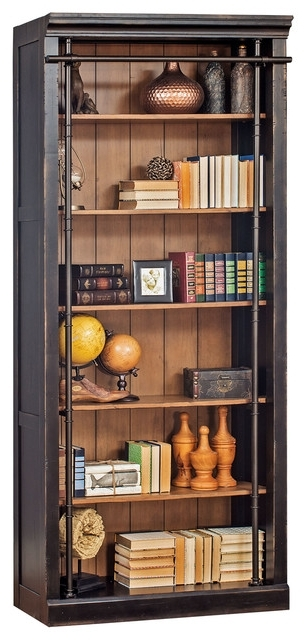 Houzz With 2017 Traditional Bookcases (View 2 of 15)