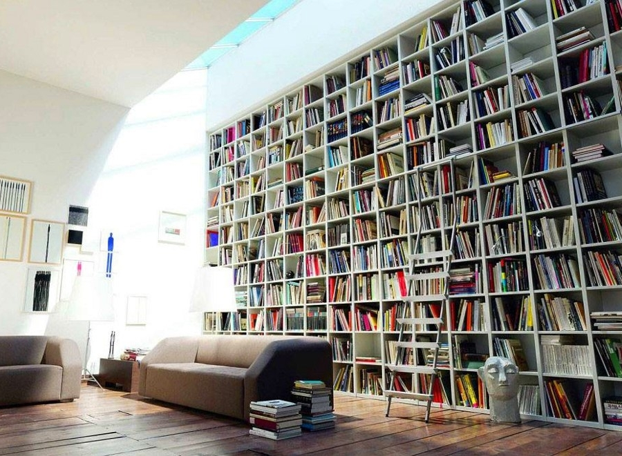 Featured Photo of Huge Bookshelves