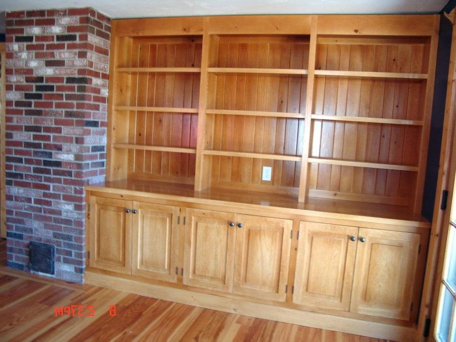 Knotty Pine Bookcase – Hercegnovi2021 Regarding Fashionable Pine Bookcases (View 4 of 15)
