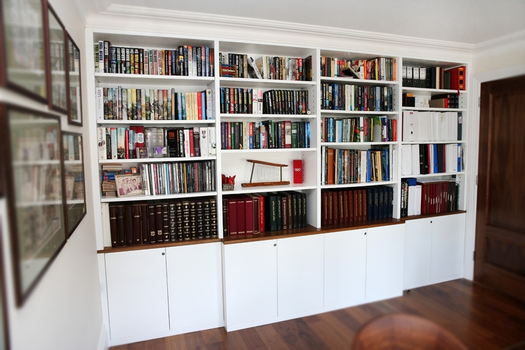 Latest White Built In Modern Bookcase (View 9 of 15)