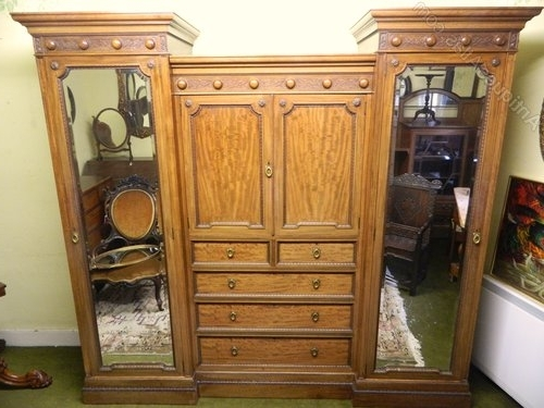 Mahogany Breakfront Wardrobe – Antiques Atlas Within Famous Mahogany Breakfront Wardrobes (View 8 of 15)