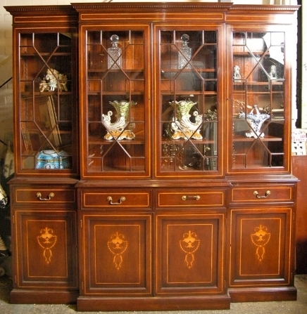 Most Current Mahogany Breakfront Bookcases In Break Front Bookcases (View 13 of 15)