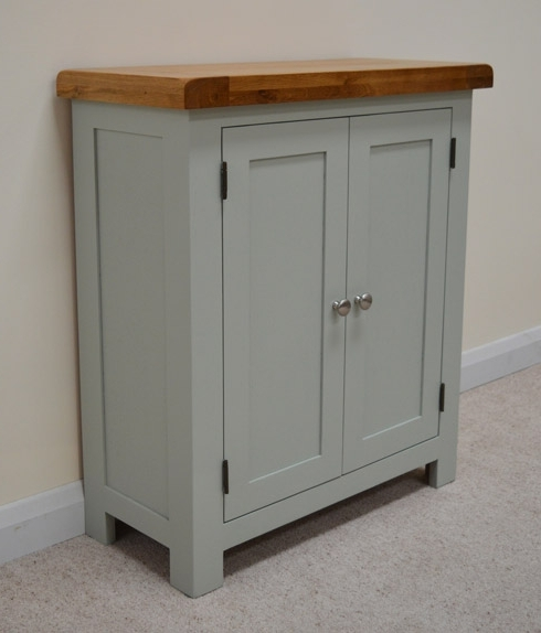 Oak Linen Cupboard Intended For Trendy Camborne Painted Oak Linen Cupboard / Cabinet In Sea Green / Sage (Gallery 1 of 15)