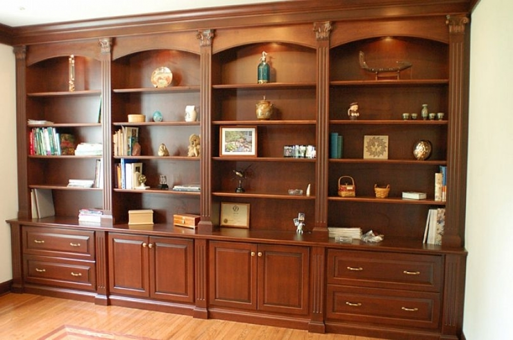 Popular Classic Bookshelves Design With Regard To Amazing Classic Bookshelves Designs (View 12 of 15)