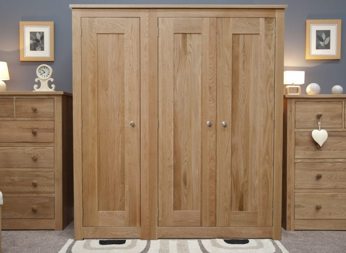 Popular Fantastic Wardrobe Design Bedroom Decor Place With Floral Pattern For Solid Dark Wood Wardrobes (View 5 of 15)