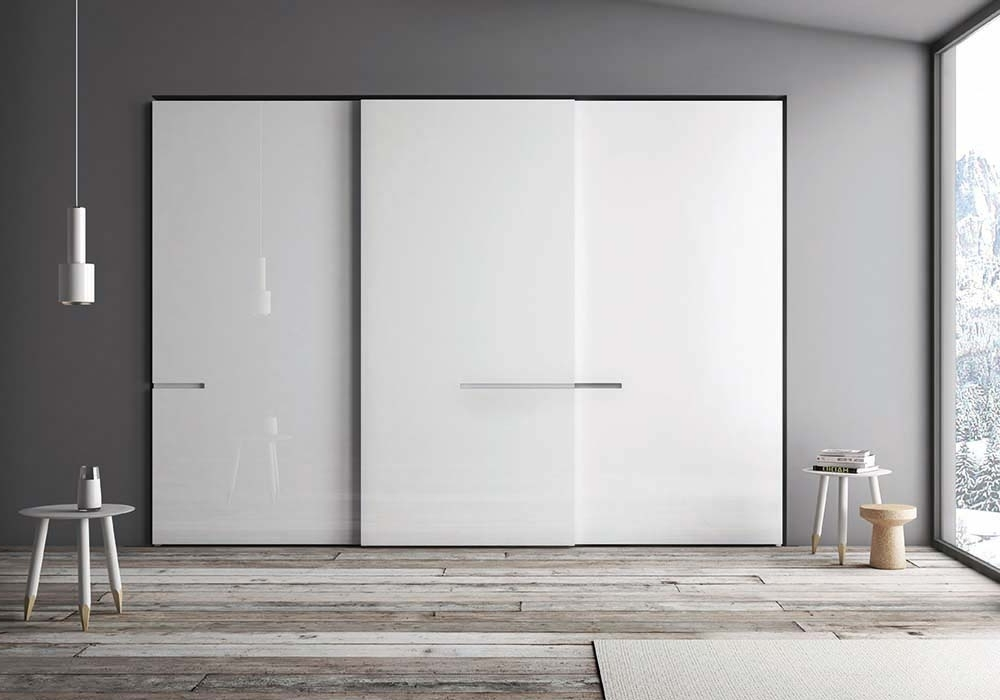 Sliding Door Wardrobes Within Well Known Modern Italian Sliding Door Wardrobes (View 14 of 15)