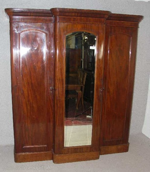 Victorian Mahogany Breakfront Wardrobes Pertaining To Most Current Victorian Mahogany Breakfront Wardrobe – Antiques Atlas (Gallery 9 of 15)