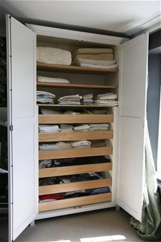 Wardrobes Regarding Favorite Oak Linen Cupboard (View 5 of 15)
