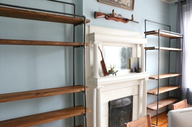Well Known Freestanding Bookcases With Regard To How To Make A Freestanding Industrial Pipe Bookcase (View 14 of 15)