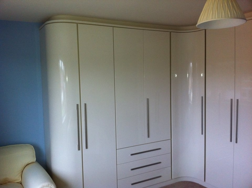 White High Gloss Curved Unit – Test1416244117367 In Newest Curved Wardrobe Doors (View 15 of 15)
