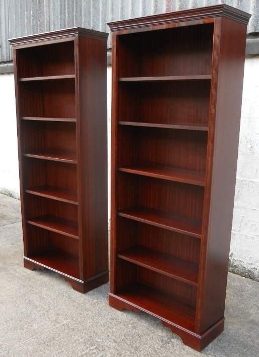 Widely Used Bookcases Ideas: Amazing Mahogany Bookcase For Livingroom Solid Throughout Mahogany Bookcases (View 14 of 15)