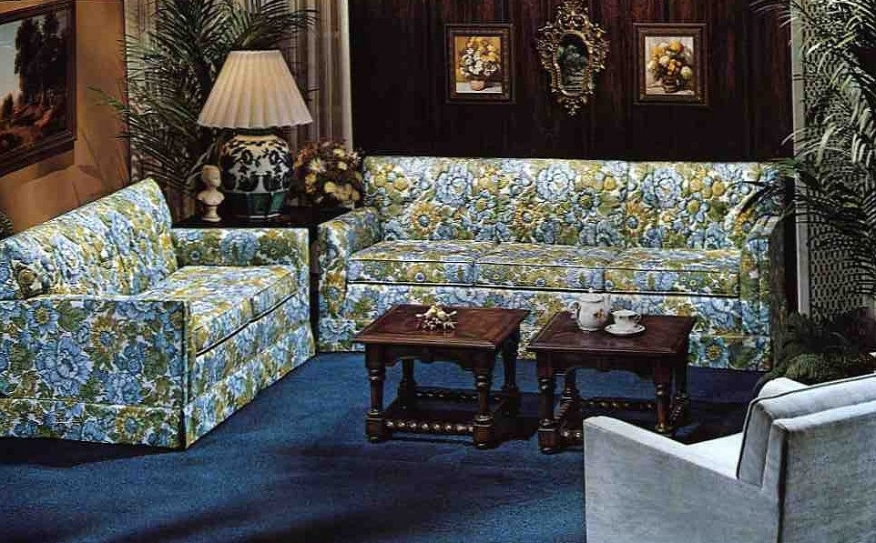 10 Kroehler Sofas And Loveseats From 1976 Retro Renovation Chintz Inside 2018 Chintz Sofas (View 1 of 10)