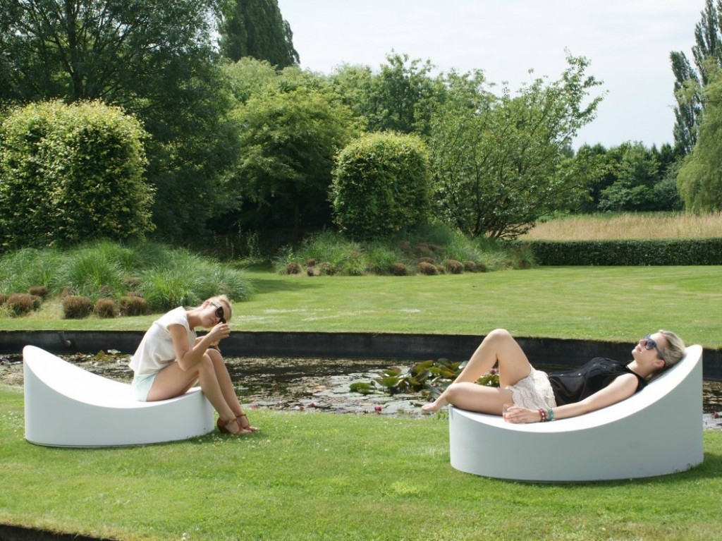 2017 Creative Of Contemporary Outdoor Lounge Chairs Ultra Modern With Regard To Modern Outdoor Chaise Lounge Chairs (View 4 of 15)