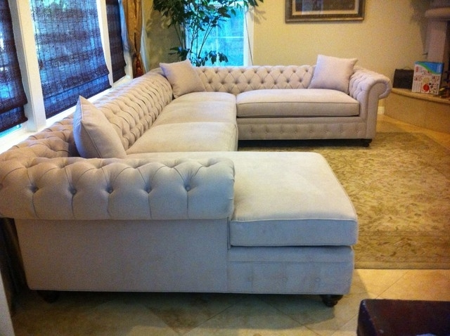 2017 Customizable Sectional Sofas Pertaining To Kenzie Style – Chesterfield Custom Sectional Sofas – Traditional (View 1 of 10)