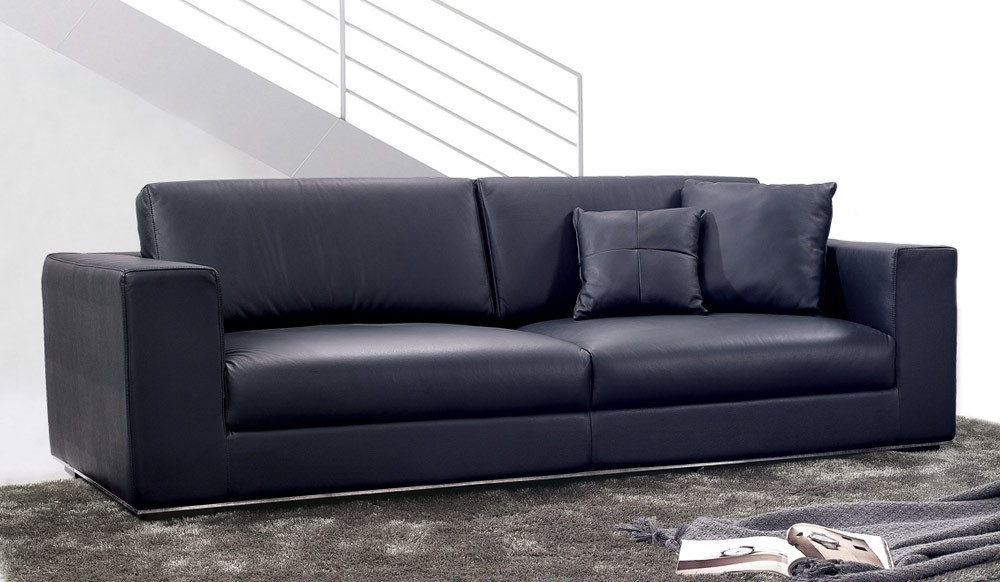 2017 Modern 3 Seater Sofas With Onyx Leather 3 Seater Sofa (View 4 of 10)