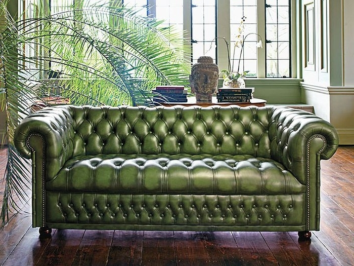 2017 Tufted Leather Chesterfield Sofas With Who Doesn't Need A Tufted Green Leather Chesterfield Sofa? (View 1 of 10)