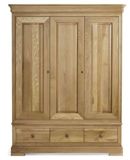 2017 Willis And Gambier Wardrobes Intended For Willis & Gambier Lyon Triple Wardrobe – Wardrobes – Hampton & Mcmurray (View 1 of 15)