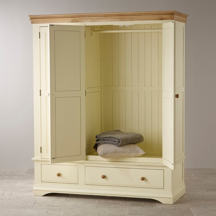 2018 Country Cottage Natural Oak Triple Wardrobe – Cream Painted Inside Painted Triple Wardrobes (View 1 of 15)