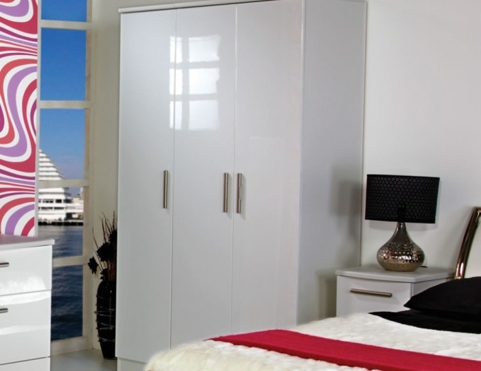 3 Door White High Gloss Wardrobes Within Well Liked White High Gloss Wardrobes (View 2 of 15)