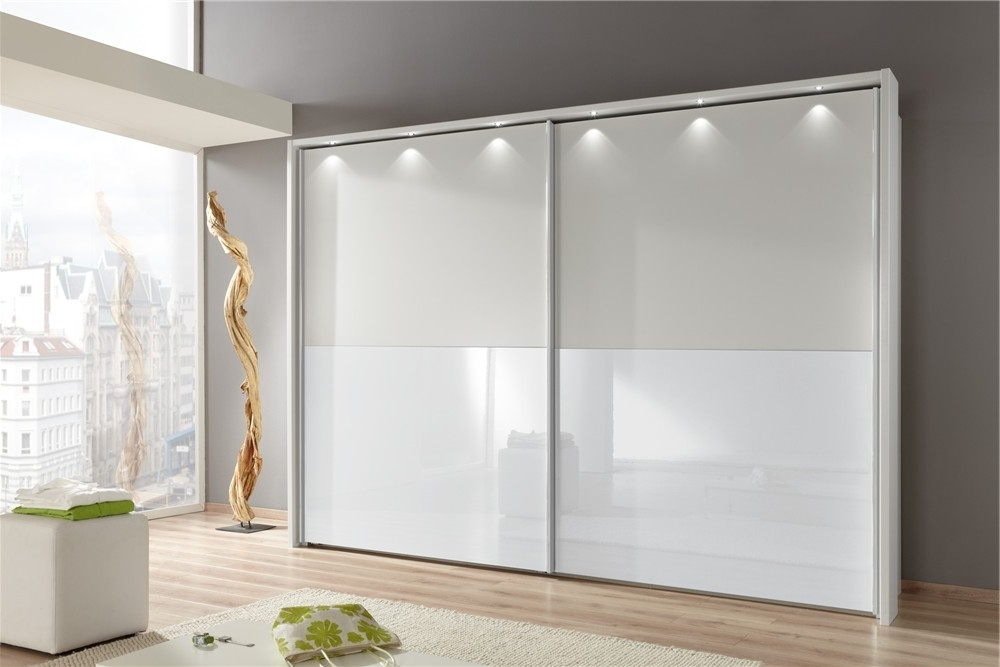 Amazing White Wooden Wardrobe Doors White Wooden Wardrobe Doors With Latest White Wooden Wardrobes (View 3 of 15)