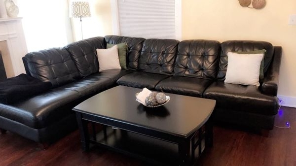 Basset Leather Sectional (furniture) In Kansas City, Mo – Offerup Intended For Well Known Kansas City Mo Sectional Sofas (View 2 of 10)