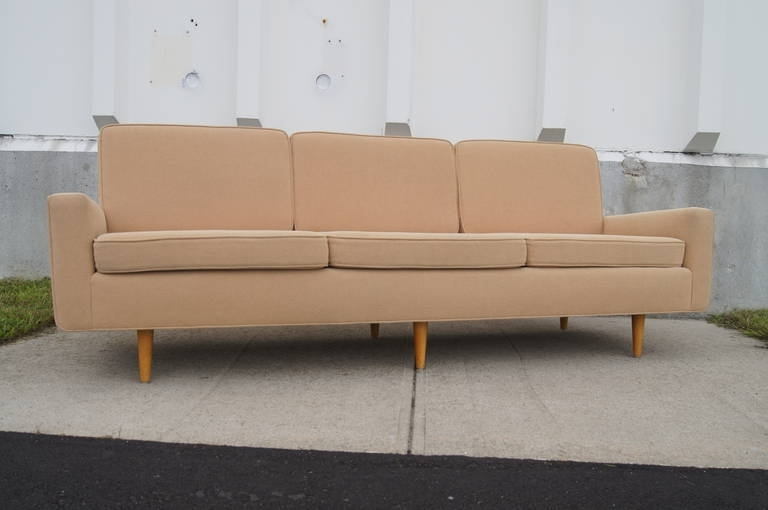 Best And Newest Florence Knoll Wood Legs Sofas In Three Seater Sofaflorence Knoll At 1Stdibs (View 1 of 10)
