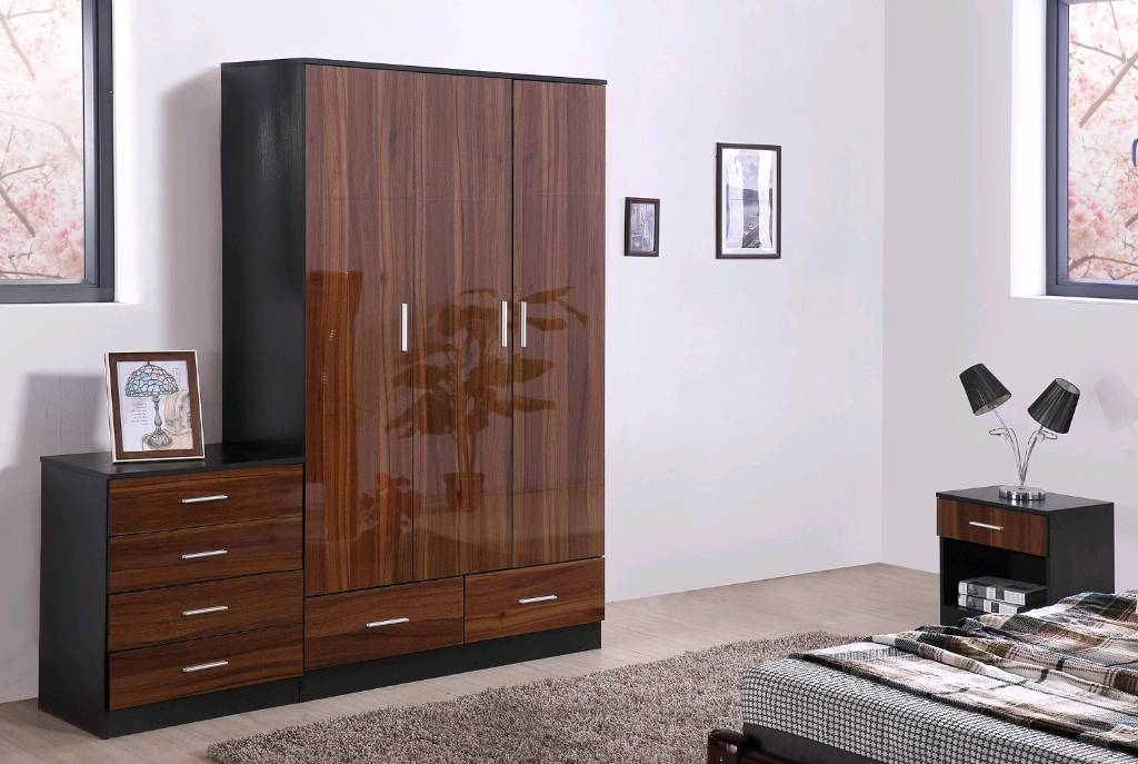 Best And Newest High Gloss Finish Wardrobes Full Sets In 2 Colours Free Fitting For Wardrobes Sets (View 1 of 15)