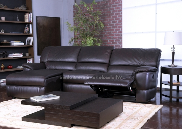Best And Newest Sectional Sofa Design: Amazing Leather Sectional Sofa Recliner Within Leather Recliner Sectional Sofas (View 7 of 10)