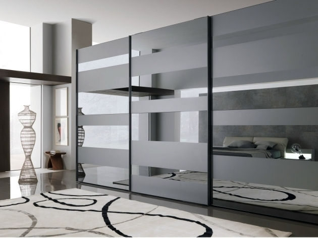 Black And White Wardrobe Contemporary Mirrored Venetian Glass In Most Recent Venetian Glass Wardrobes (View 1 of 15)
