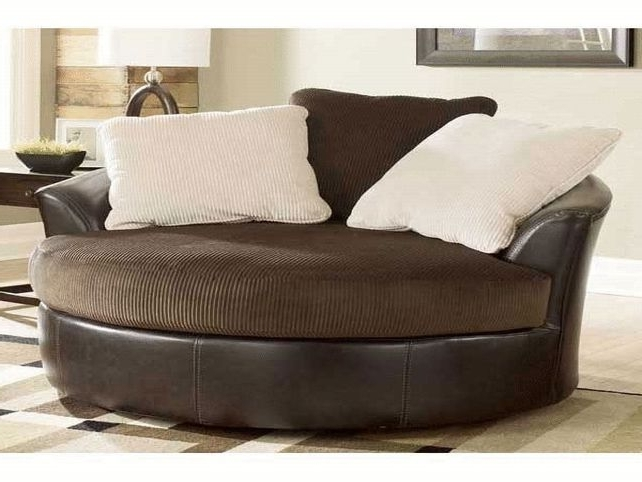 Catosfera Within Round Swivel Sofa Chairs (View 2 of 10)