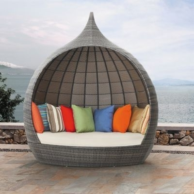 Chaise For Outdoor Sofas With Canopy (View 3 of 10)