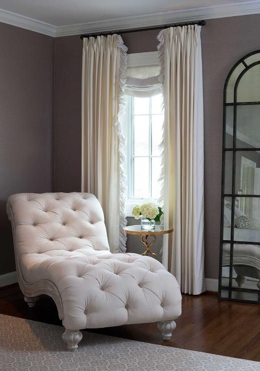 Chaise Lounge For Bedroom Amazing Best 25 Ideas On Pinterest Chair Throughout Most Popular Bedroom Chaise Lounges (View 3 of 15)