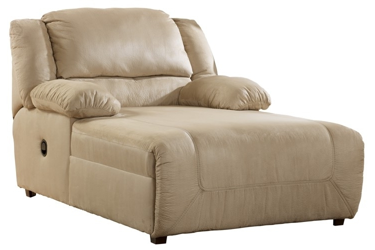 Clearance Outlet Within Chaise Recliners (View 5 of 15)