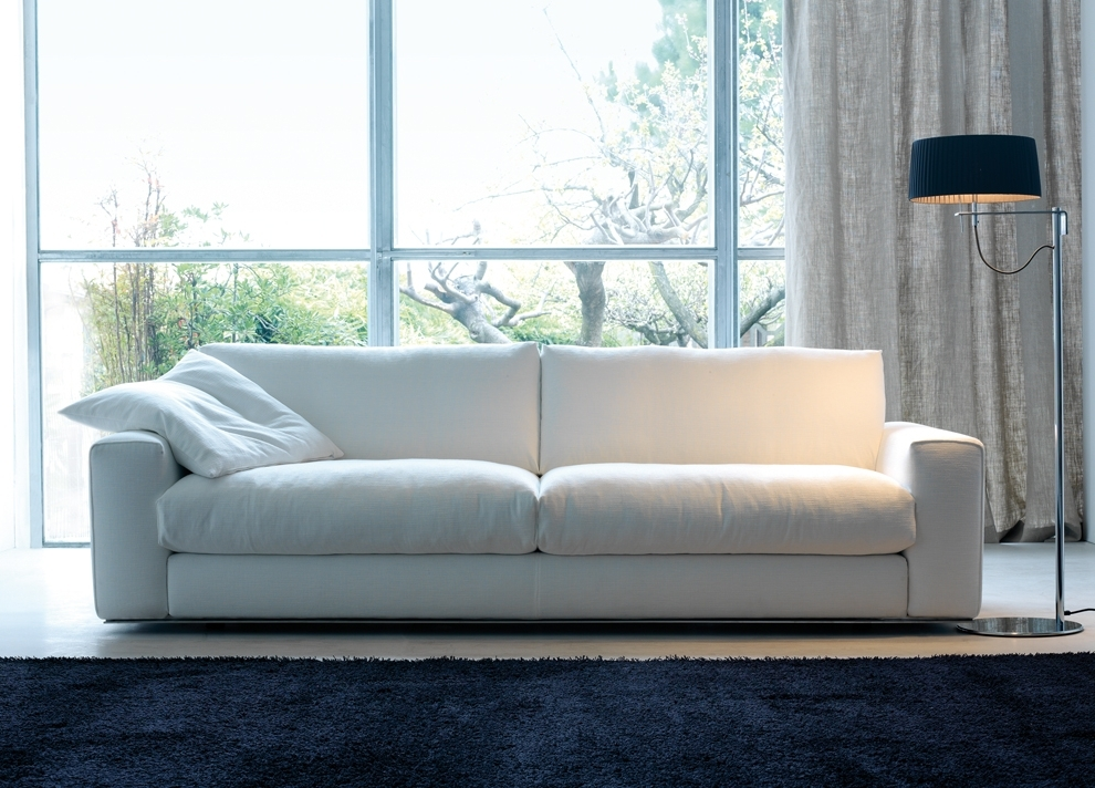 Contemporary Sofas (View 4 of 10)