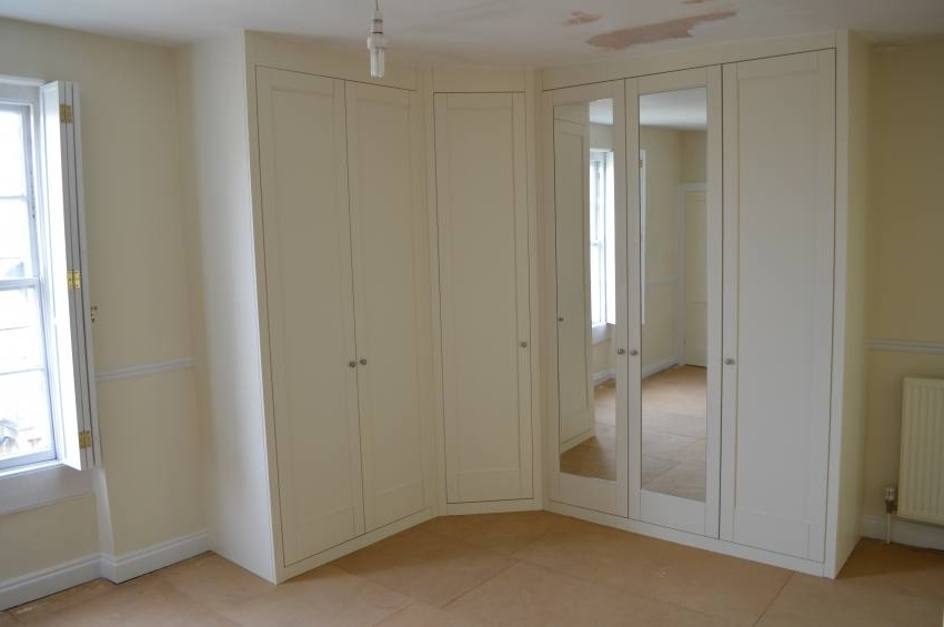 Corner Mirrored Wardrobes With Regard To Most Current Bespoke Fitted Bedroom Furniture In Bath  Why Go Bespoke? (View 8 of 15)
