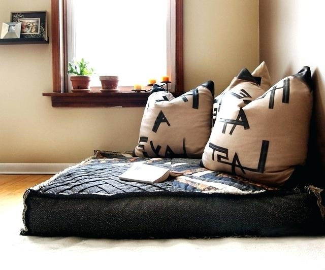 Current Cool Oversized Pillows For Couch Oversized Decorative Couch Within Sofas With Oversized Pillows (View 3 of 10)