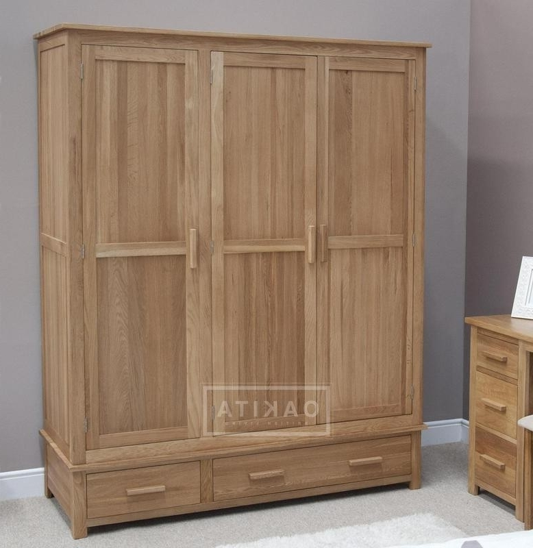Current Edinburgh Solid Oak Triple Wardrobe – Oak Wardrobes – Oak With Regard To Oak Wardrobes (View 2 of 15)